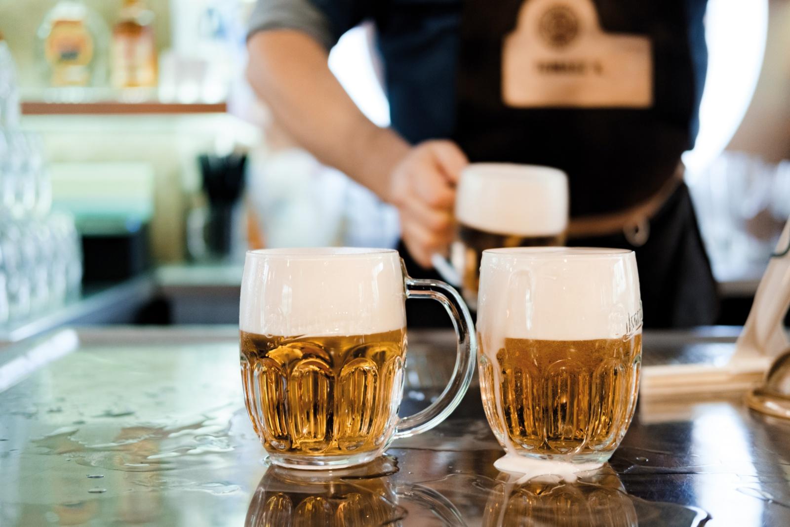 Prazdroji se daří, loni prodal v zahraničí rekordních 4,3 milionu  hektolitrů piv | Prazdroj